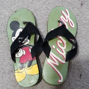 Mickey Mouse flipflops